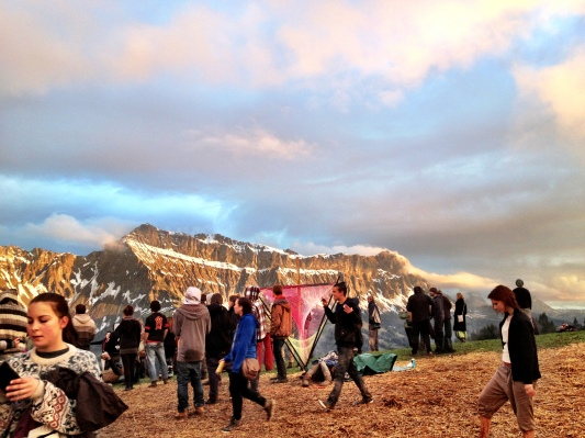 Die Berge und der Himmel von ihren schönsten Seiten